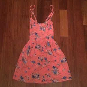 Adorable Hollister S pink floral strappy sundress